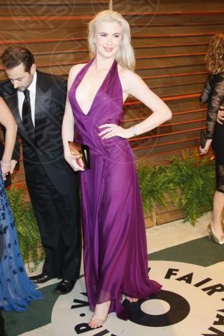 Ireland Baldwin - Londra - 02-03-2014 - Il red carpet sceglie il colore viola. Ma non portava sfortuna?