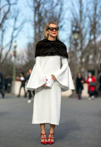 Natalie Joos - Parigi - 04-03-2014 - En pendant con l'inverno con un cappotto bianco