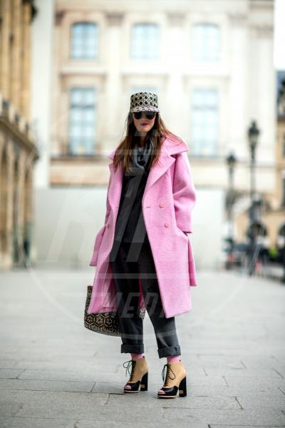 Lauren Kennedy - Parigi - 04-03-2014 - Inverno grigio? Rendilo romantico vestendoti di rosa!