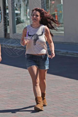 Britney Spears - Los Angeles - 10-03-2014 - Uno shorts non fa primavera… ma tutti questi sì!