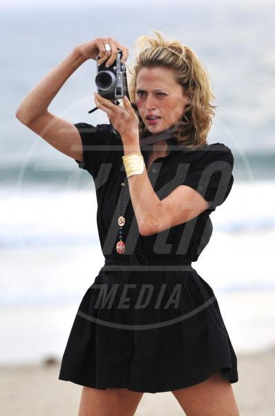 Estella Warren - Los Angeles - 11-03-2014 - Chi di obiettivo ferisce, di obiettivo perisce