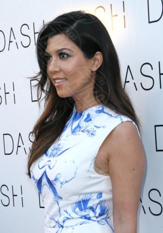Kourtney Kardashian - Miami - 12-03-2014 - Kim Kardashian: la vita le va stretta, gli abiti anche!