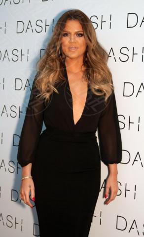 Khloe Kardashian - Miami Beach - 12-03-2014 - Kim Kardashian: la vita le va stretta, gli abiti anche!