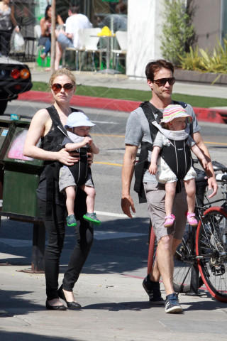Charlie Moyer, Poppy Moyer, Stephen Moyer, Anna Paquin - Los Angeles - 11-08-2014 - Charlene avrà due gemelli: quante star come lei!
