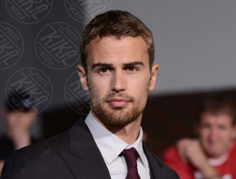 Theo James - Los Angeles - 18-03-2014 - Theo James:
