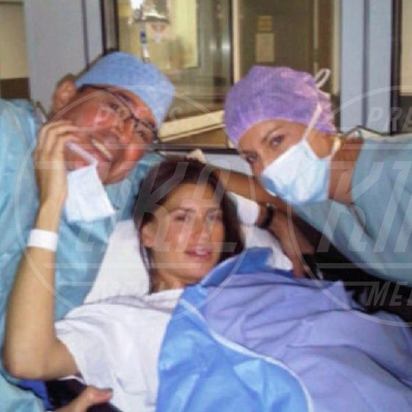 Claudia Galanti - 21-03-2014 - I neonati diventano star in rete grazie al Childbirth-selfie
