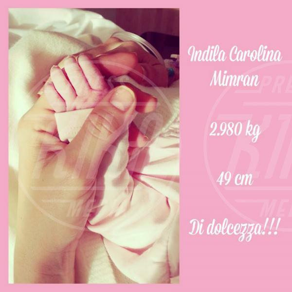 Claudia Galanti - 21-03-2014 - Childbirth-selfie: un altro tipo di autoscatto contagia i vip