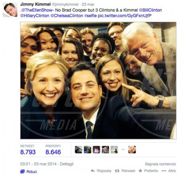 Hillary Clinton, Chelsea Clinton, Bill Clinton, Jimmy Kimmel - 24-03-2014 - Bebe Vio e Barack Obama: un'altra selfie-magia