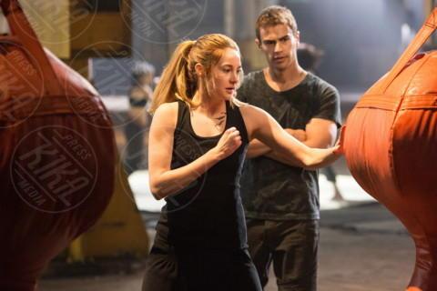 Theo James, Shailene Woodley - Los Angeles - 24-03-2014 - Theo James: