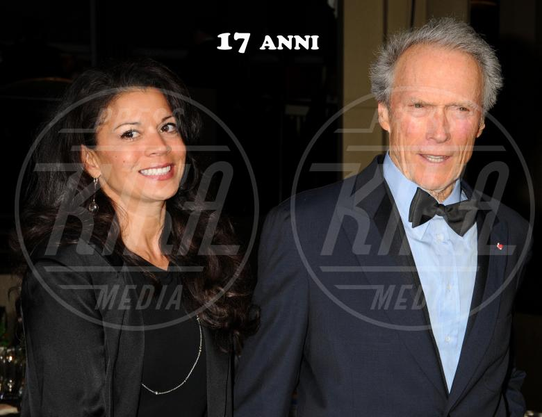 Dina Eastwood, Clint Eastwood - Hollywood - 29-01-2011 - C'eravamo tanto (e a lungo) amati, ma ora ci lasciamo