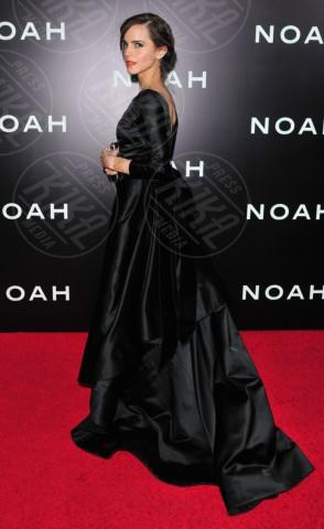 Emma Watson - New York - 26-03-2014 - Vade retro abito! Emma Watson in Oscar de la Renta