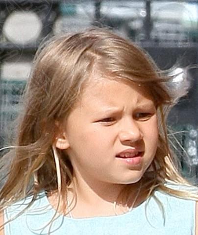 Matilda Ledger - 11-09-2013 - Sei uguale ai tuoi genitori! I vip ricorrono alla clonazione?
