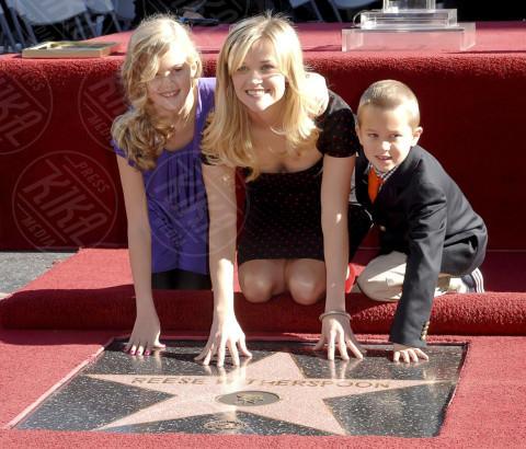 Deacon Phillippe, Ava Phillippe, Reese Witherspoon - 01-12-2010 - Sei uguale ai tuoi genitori! I vip ricorrono alla clonazione?