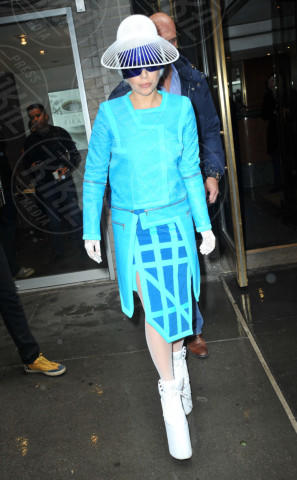 Lady Gaga - New York - 28-03-2014 - Verde acqua, turchese, azzurro Tiffany: i colori dell'estate