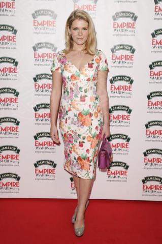 Hannah Arterton - Londra - 30-03-2014 - Mini o longuette, ma pieno di fiori: è l'abito della primavera!