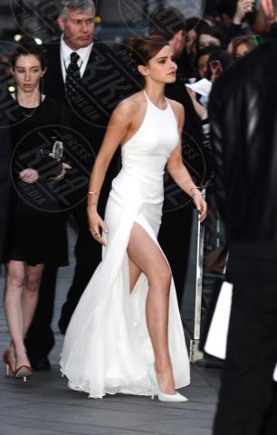 Emma Watson - Londra - 31-03-2014 - Il segreto dello spacco sexy di Rosario Dawson