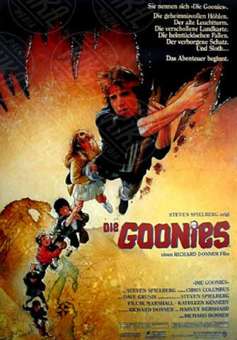 Jeff Cohen, Goonies, Jonathan Ke Quan, Josh Brolin, Corey Feldman, Sean Astin - Los Angeles - 01-01-1985 - Sean Astin:
