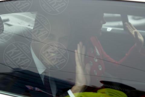 Principe William, Kate Middleton - Wellington - 06-04-2014 - Prima spedizione oltre i confini per il principino George