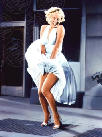Marilyn Monroe - 13-05-1955 - Kendall Jenner e Bella Thorne come Marilyn su Love Magazine