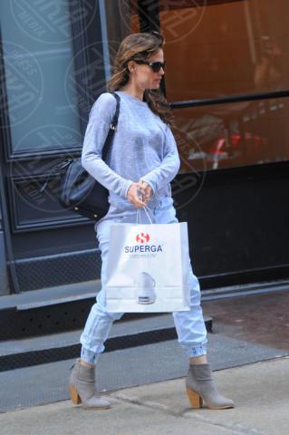 Jennifer Garner - New York - 09-04-2014 - Da Torino con furore: le Superga sono le scarpe delle star
