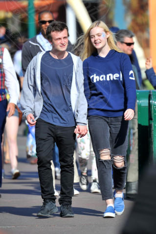 Elle Fanning - Los Angeles - 13-04-2014 - Da Torino con furore: le Superga sono le scarpe delle star