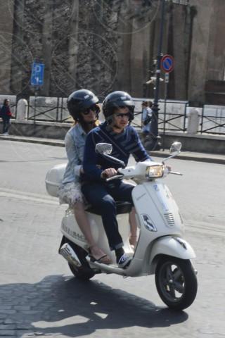 Emma Stone, Andrew Garfield - Roma - 13-04-2014 - Donald Trump all'attacco della Vespa: come faranno le star?