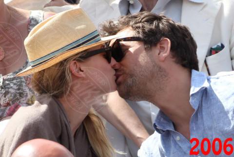 Diane Kruger, Joshua Jackson - Parigi - 31-05-2012 - Ti amo ma non ti sposo: le coppie di fatto Vip