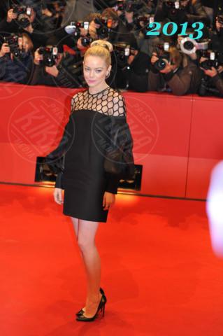Emma Stone - 15-02-2013 - Emma Stone, uno stile impeccabile sul red carpet