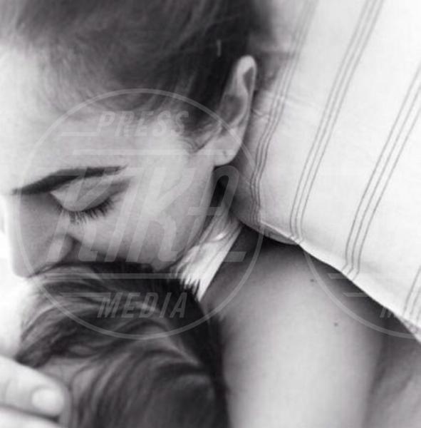 Melissa Satta - Los Angeles - 18-04-2015 - I neonati diventano star in rete grazie al Childbirth-selfie