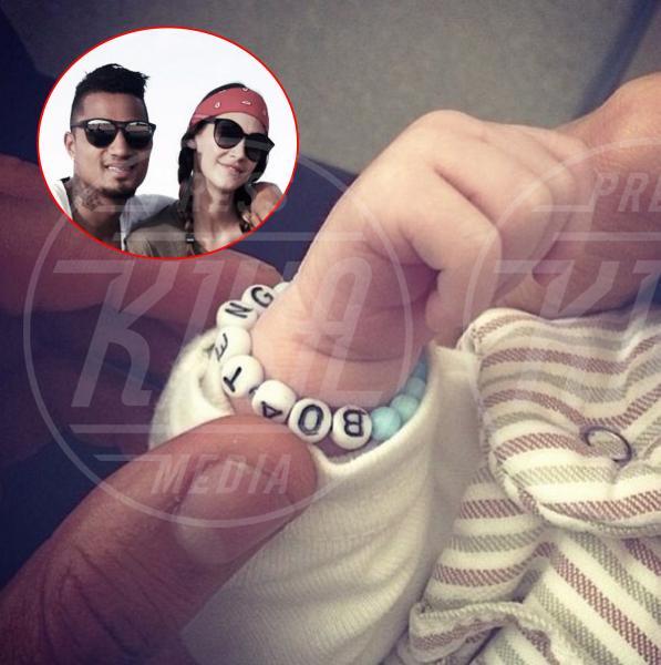 Melissa Satta - Los Angeles - 18-04-2014 - I neonati diventano star in rete grazie al Childbirth-selfie