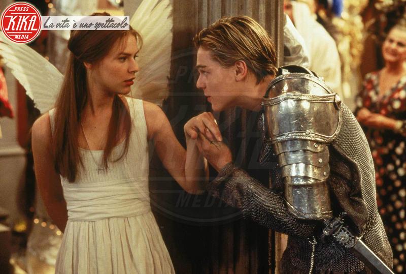 Claire Danes, Leonardo DiCaprio - Romeo + Juliet - Hollywood - 05-07-2000 - Dal cinema alla tv: quando la star si dà al piccolo schermo