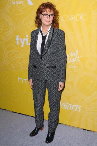 Susan Sarandon - NYC - 25-04-2014 - Donne con le gonne? No: con la cravatta!