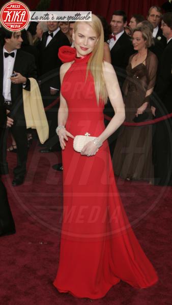 Nicole Kidman - Hollywood - 25-02-2007 - Nicole Kidman ed Emma Stone: chi lo indossa meglio?