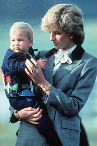 Principe William, Lady Diana - 12-04-2010 -