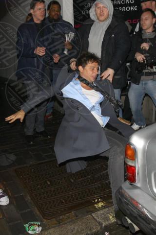 Jamie Hince - Londra - 22-02-2011 - Sabrina Impacciatore & C., quando lo scivolone è epico