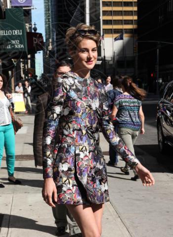 Shailene Woodley - New York - 05-05-2014 - Blake Lively e Shailene Woodley: chi lo indossa meglio?