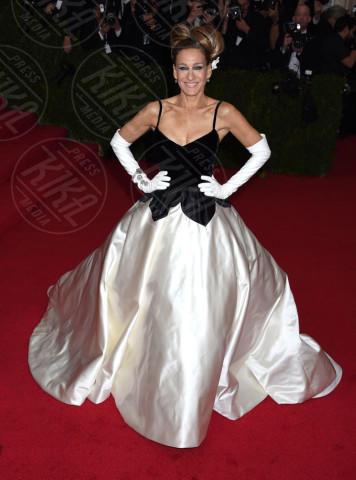 Sarah Jessica Parker - New York - 05-05-2014 - MET Gala: bianco e nero, un classico sul tappeto rosso