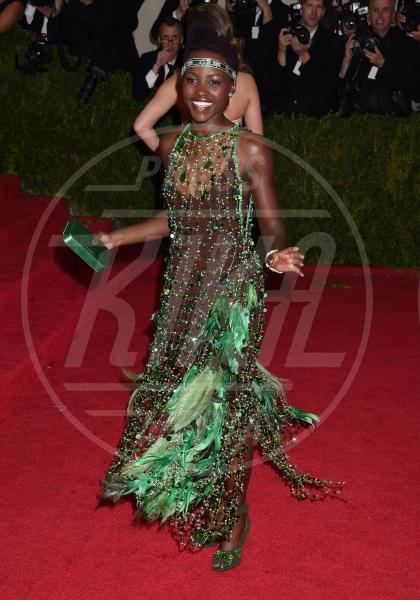 Lupita Nyong'o - New York - 05-05-2014 - Ma come ti vesti? I look peggiori del 2014