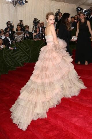 Suki Waterhouse - New York - 06-05-2014 - MET Gala 2014: Le principesse sul red carpet