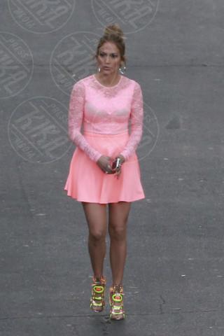 Jennifer Lopez - Los Angeles - 07-05-2014 - Vuoi vivere meglio? Vestiti con la cromoterapia!