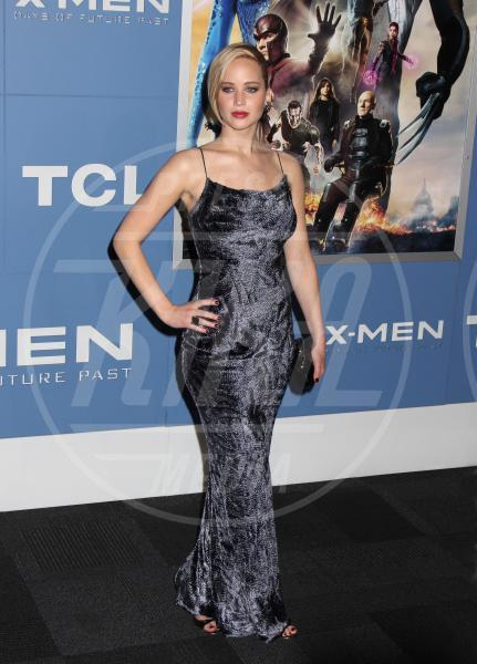 Jennifer Lawrence - New York - 11-05-2014 - Grazie a Dior, Jennifer Lawrence è una regina sul red carpet!
