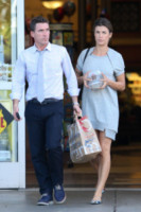 Brian Perri, Elisabetta Canalis - Los Angeles - 12-05-2014 - Elisabetta Canalis: imbronciata per le nozze annullate