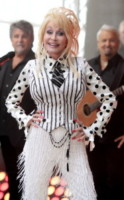 Dolly Parton - New York - 13-05-2014 - Donne con le gonne? No: con la cravatta!