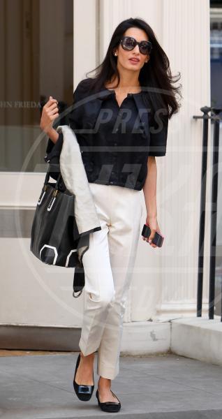 Amal Alamuddin - Londra - 14-05-2014 - Amal Clooney si è lasciata il sorriso alle spalle...