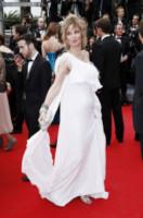 Dalila Di Lazzaro - Cannes - 14-05-2014 - Sul red carpet come una dea: il ritorno del monospalla
