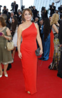 Daniela Lumbroso - Cannes - 15-05-2014 - Sul red carpet come una dea: il ritorno del monospalla