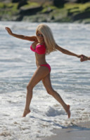 Courtney Stodden - Los Angeles - 29-04-2014 - Courtney Stodden e mammà superano la prova bikini
