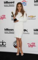 Jennifer Lopez - Las Vegas - 18-05-2014 - Non solo LBD: oggi il tubino è anche bianco!