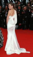 Hilary Swank - Cannes - 18-05-2014 - Sul red carpet come una dea: il ritorno del monospalla