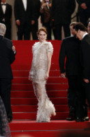 Julianne Moore - Cannes - 19-05-2014 - Julianne Moore, estro e fantasia sul red carpet